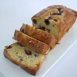 Photo---Cherry-Cake-Sliced
