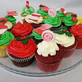 Photo---Christmas-cupcakes