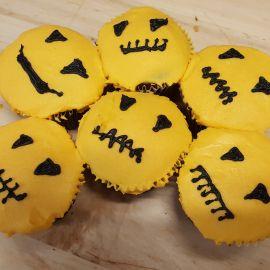 Photo---Decadent-Halloween-cupcakes