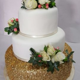 Photo---Engagement-Cake