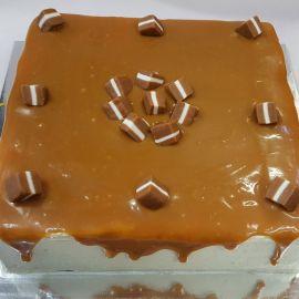 White-Chocolate-Caramel-Mud-Cake